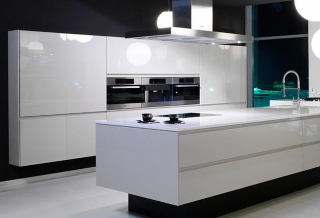 magasfényű konyha_1