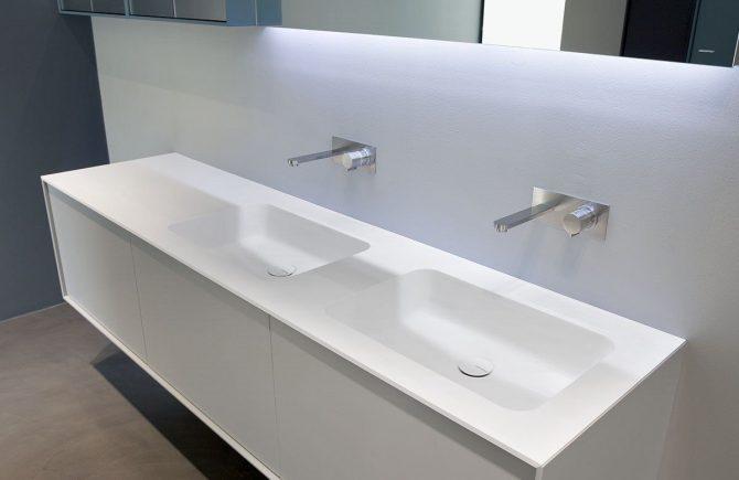 Feher-higienikus-Corian-akril-furdoszoba-szekreny_14